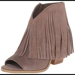 Steve Madden Rock-It Taupe Boot
